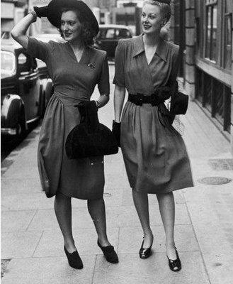 1940s fashion.