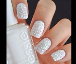white snowflake nails