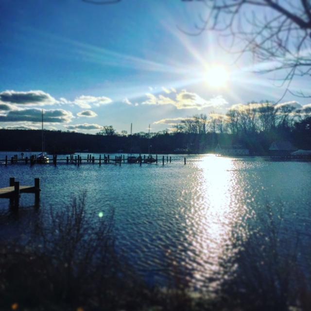 Winter sun over the Severn River.
