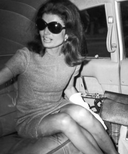 RDuJour-Fashion-Blog-Jackie-Onassis-Sunglasses-jacqueline-onassis-sunglasses-Jackie-Kennedy-Sunglasses-Jackie-O-Sunglasses-6