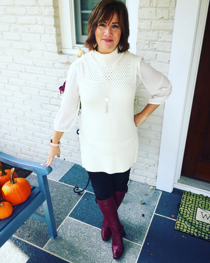 #FROCTOBER   Day 26 🍁🍁 Only 5 more days remain of my month of fashion!! Today's #ootd is this ensemble--#whitehouseblackmarket cream-colored cable tunic; #anntaylor blouse; #jenniferlopez pants; #francosarto boots. Happy hump day! 🐫🐫🐫