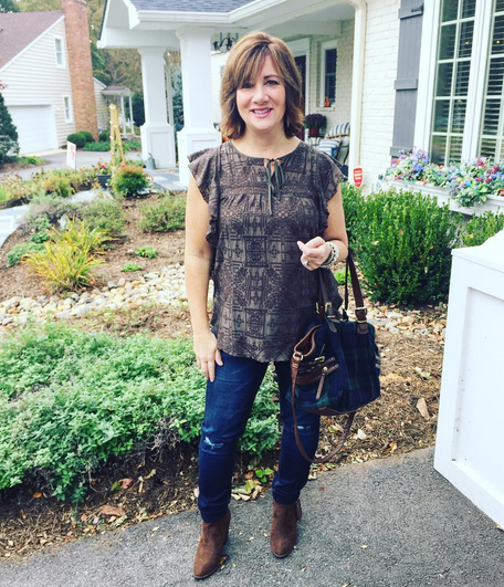 #FROCKTBER | Day 30 Happy Sunday! Heading out to run some shopping errands in this #ootd -- #hiche brown ruffle top from #anthropolige; straight dark jeans (so comfortable) from #whitehouseblackmarket; scored these brown suede tassel booties at #target for a steal after almost buying a similar pair for $150 online. Tomorrow's Halloween...are you brewing up something fun? 🎃🕸🍁